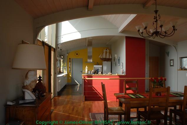 maison peniche interieur james olivier bansac. Black Bedroom Furniture Sets. Home Design Ideas